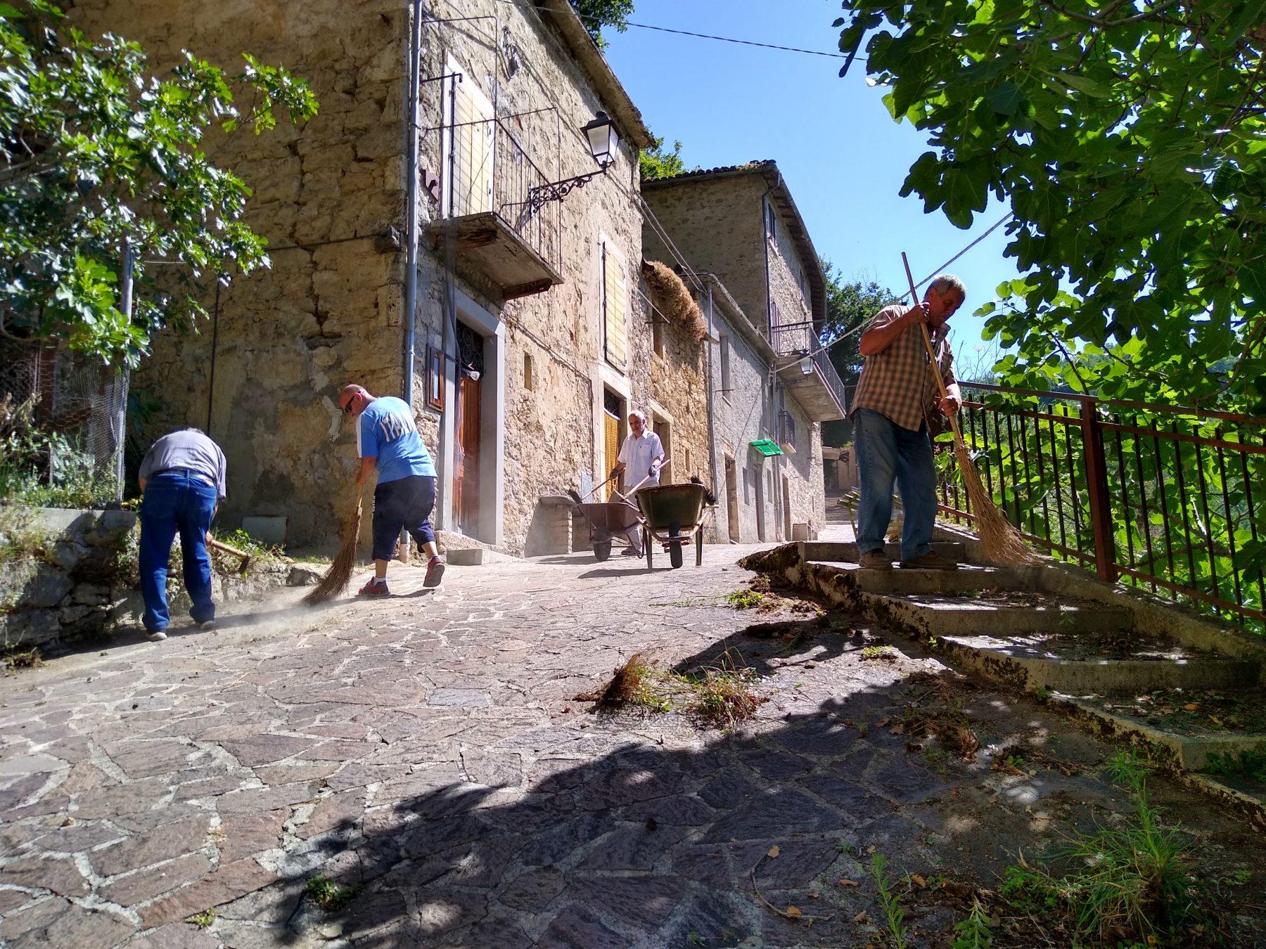 Villa Cagnano_pulizia paese_01